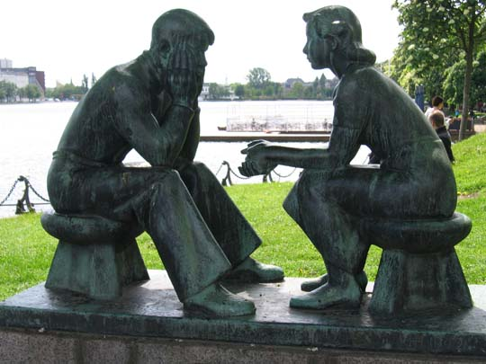 http://richardgilbert.me/wp-content/uploads/2011/07/couple-statue-x.jpg